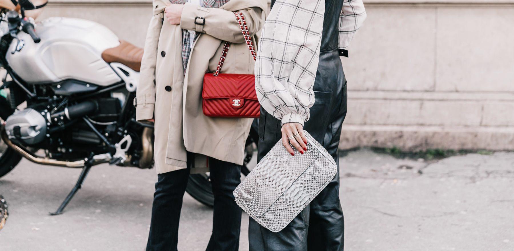 e0de03711075 Новая женская сумка – не только стильный аксессуар, но и проверенная пилюля  от осенней хандры и секретный сейф всяких девичьих штучек.
